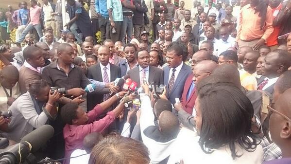 kalonzo musyoka addresses journalists
