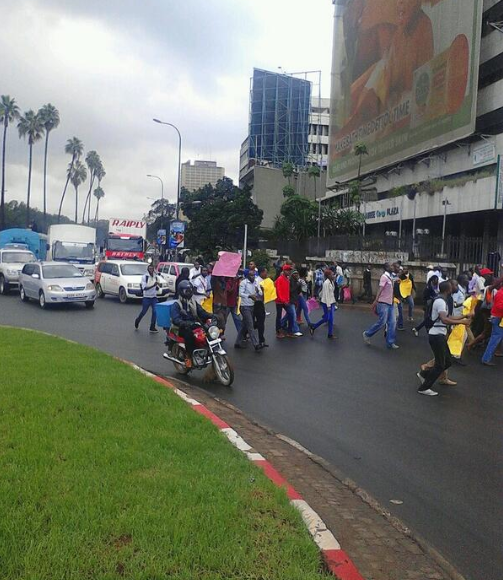 UON students heading to parliament from main campus