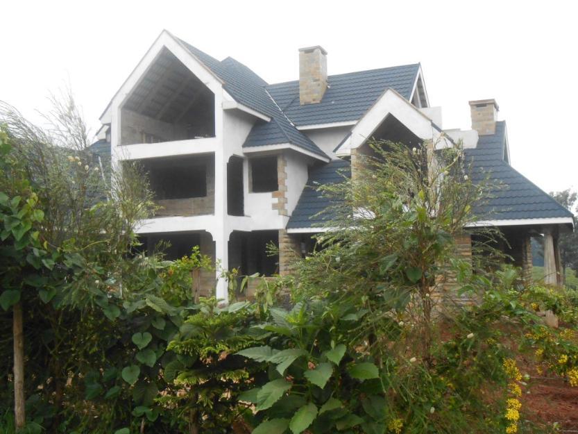 1376476730_536489371_8-5-bedroom-mansion-for-sale-in-Runda-