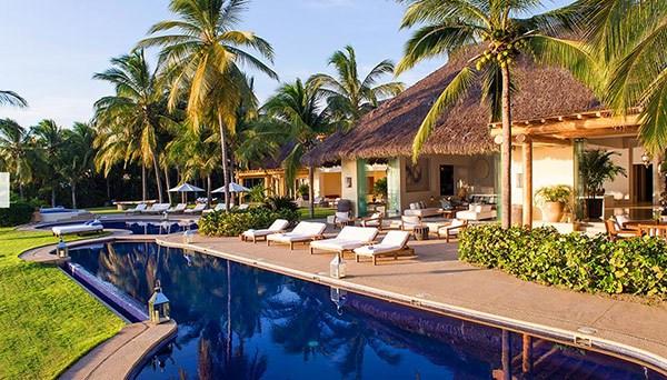 kim-kardashian-kanye-west-mexico-vacation-6
