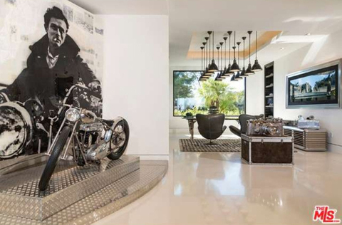 jay-z-beyonce-beverly-hills-home-inside-house-photos-0111-480w