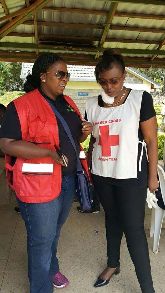 Caroline-Mutoko-visits-Garissa-Attack-relatives-4