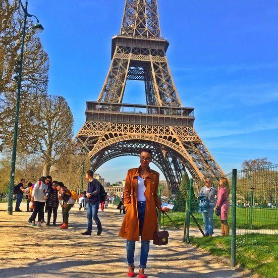 Huddah-Monroe-Paris-Eiffel-Tower-2