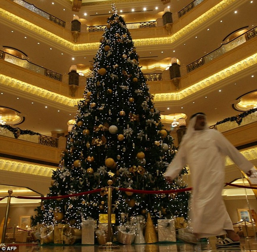 abu dhabi christmas tree