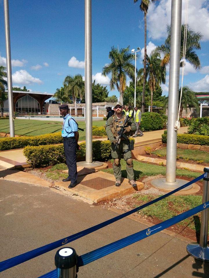 kenyan police vs us police