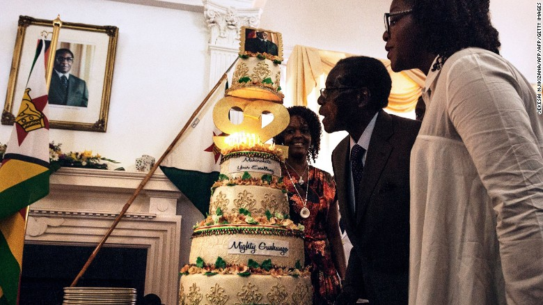160228124219-mugabe-92-bday-11-exlarge-169
