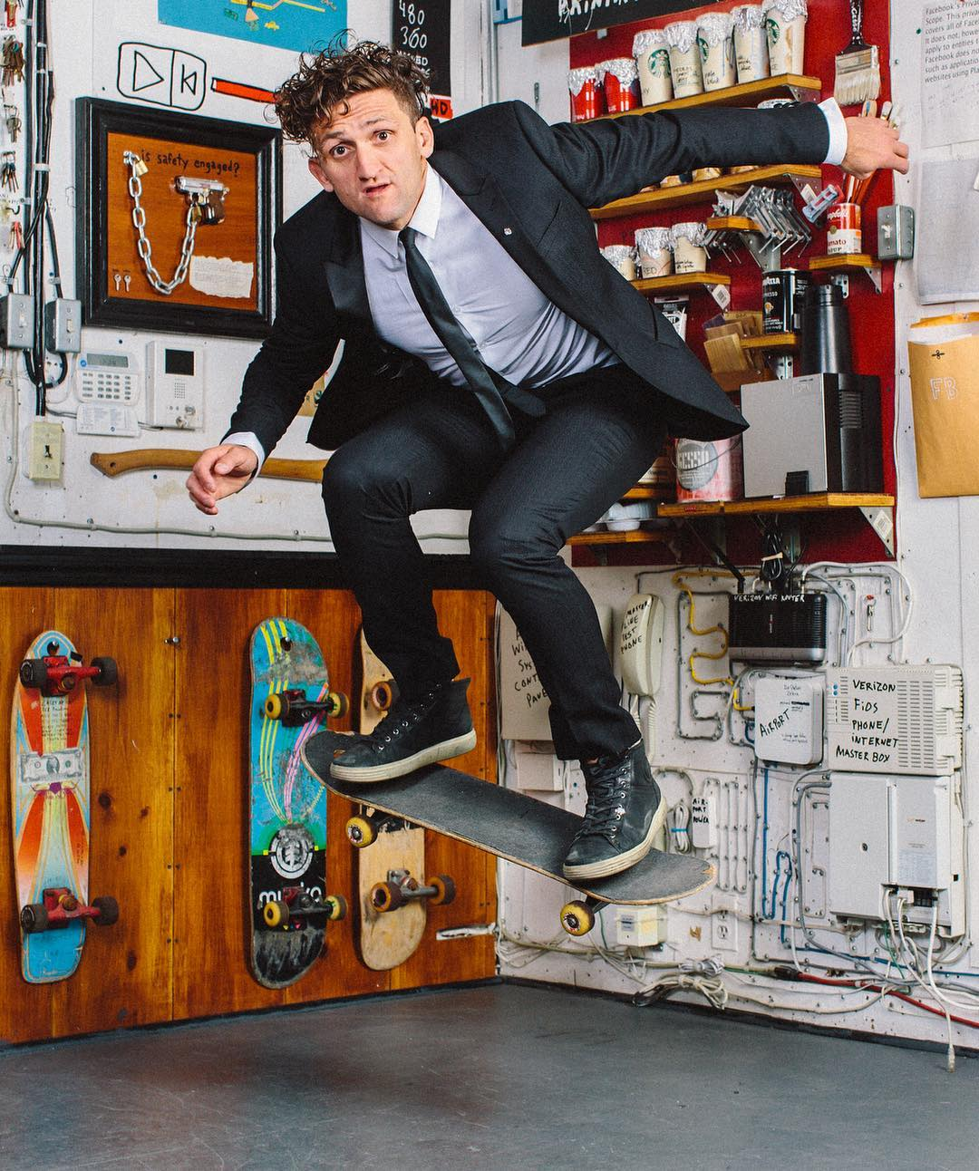 4a2ab52304 How Much Money Casey Neistat Makes On YouTube - Net Worth - Naibuzz