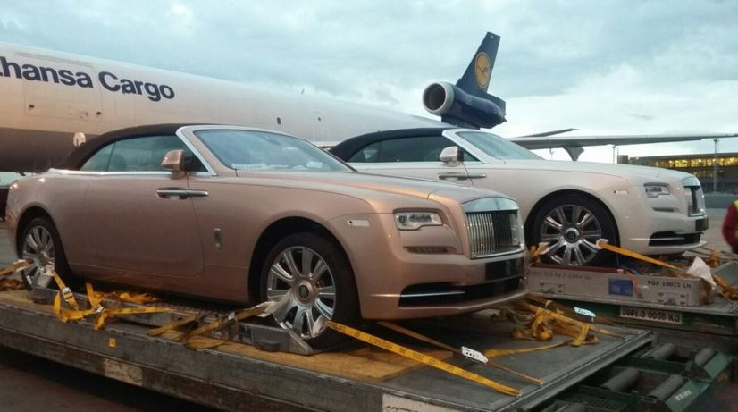 Kenyan Driver Pimps His Chrysler To Look Like A Rolls