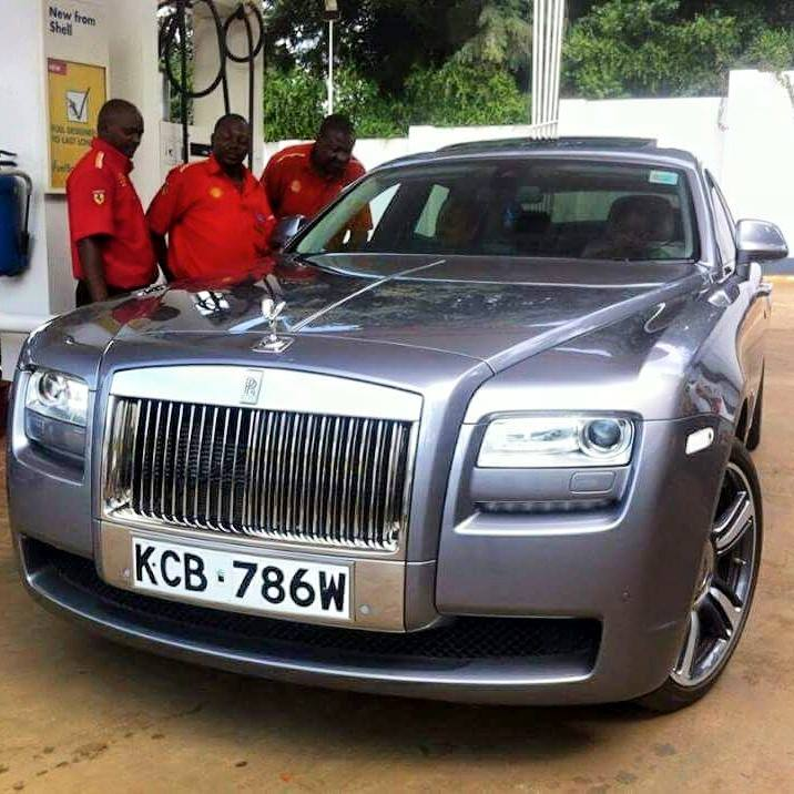 Kenyan Driver Pimps His Chrysler To Look Like A Rolls ...