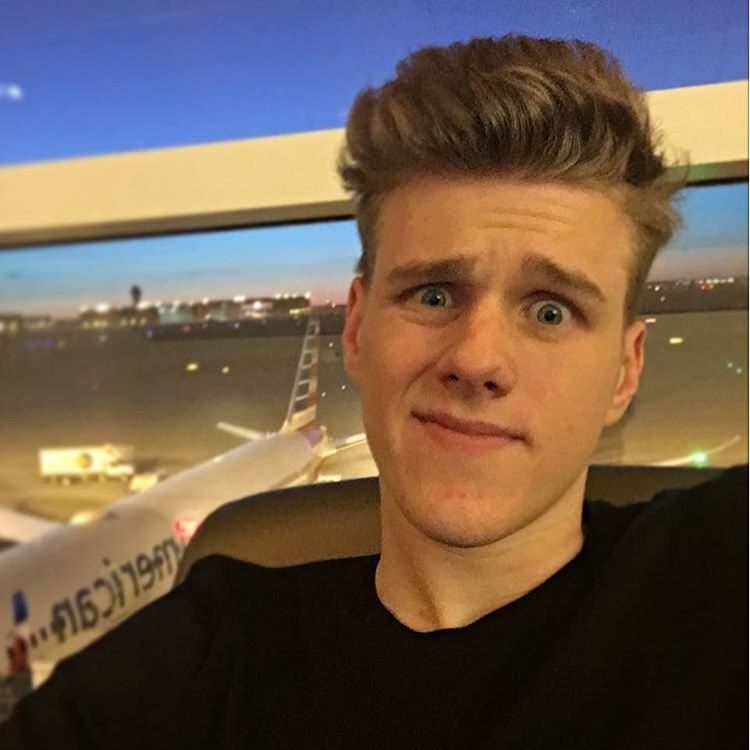 How Much Money Lachlan Makes On YouTube - Net Worth - Naibuzz