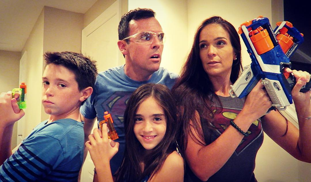 Who Are The Members Of Eh Bee Family, How Old Are They