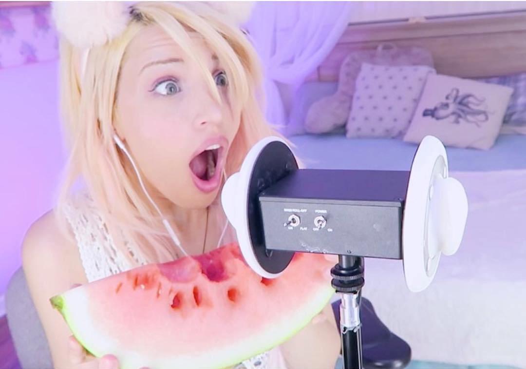 image Teen girl singing her creampie tunes