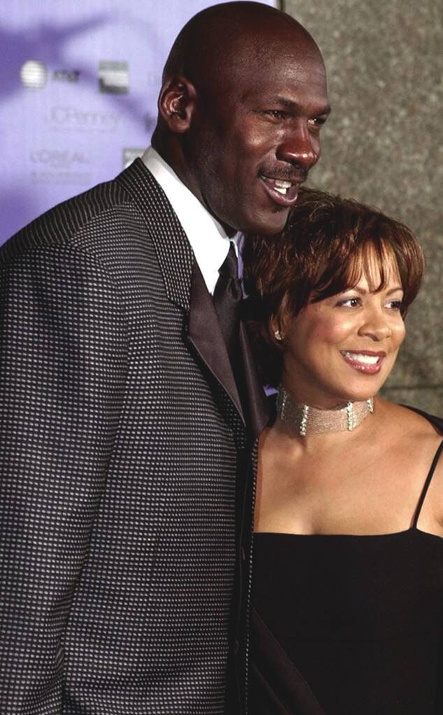 pesado Rubí Anécdota  Juanita Jordan - Inside The Life Of Michael Jordan's Ex Wife - Naibuzz
