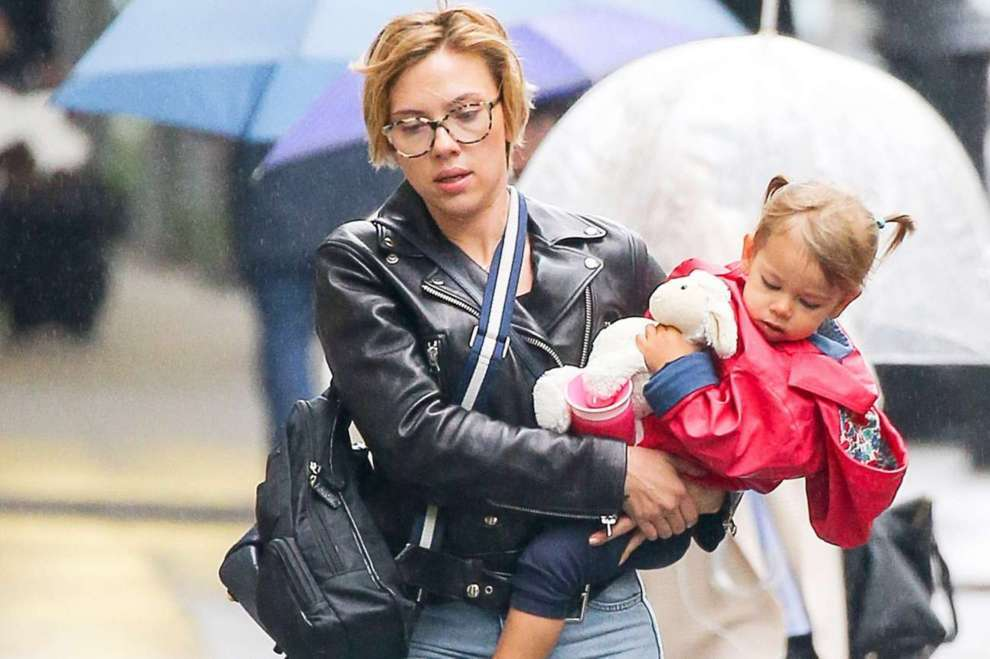 Rose Dorothy Dauriac Inside The Life Of Scarlett Johansson S Daughter Naibuzz